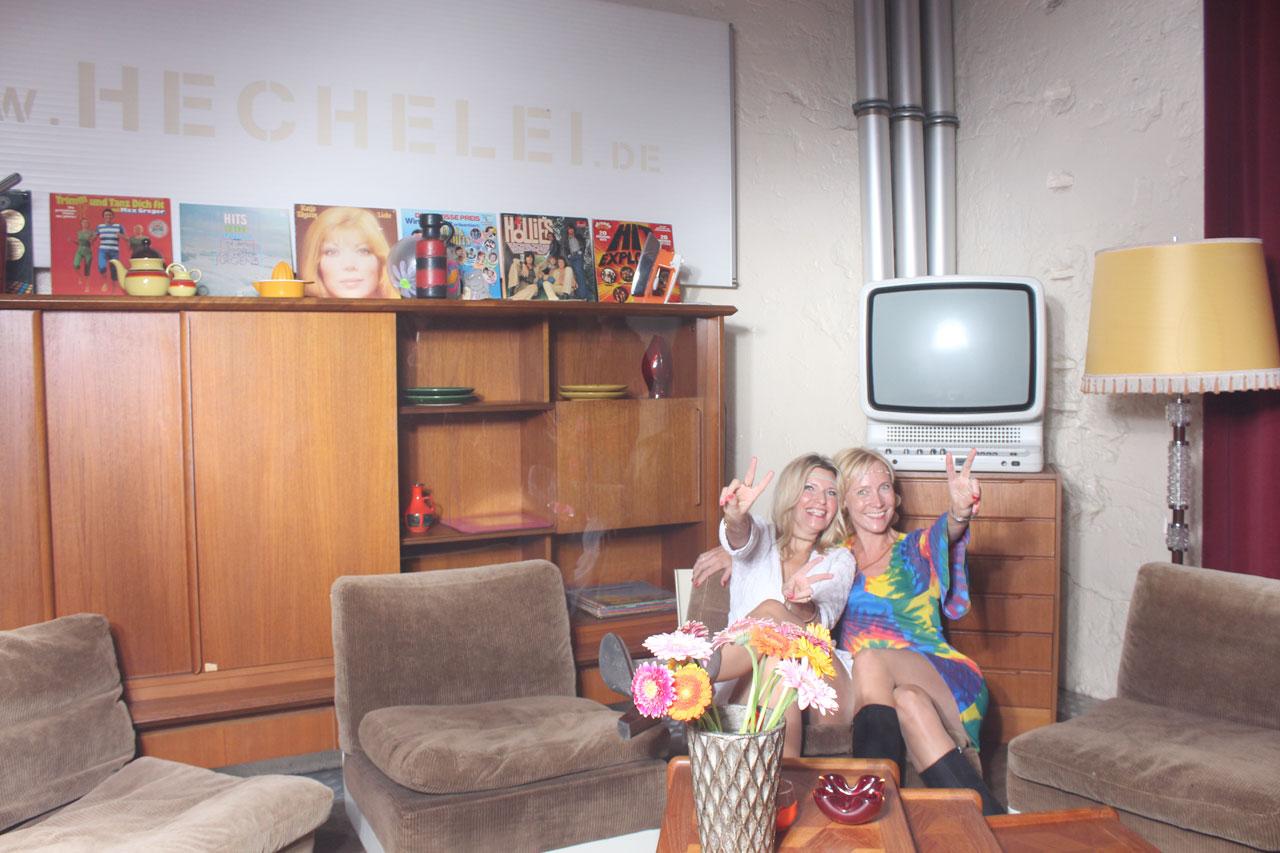 Bilder PhotoBooth 70er Jahre Wohnzimmer - Fotos Bilder Parties ...